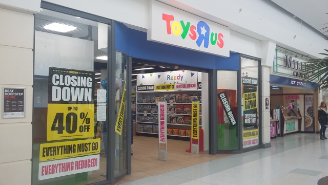 Toys R Us closure.jpg